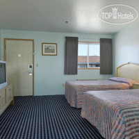 Фото отеля Travelodge Seattle North Of Downtown 2*