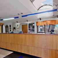 Фото отеля Travelodge Columbia West 2*