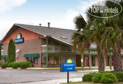 Days Inn Columbia - NE Fort Jackson 2*