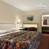 Фото отеля Red Roof Inn Columbia West 2*