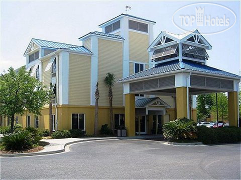 Holiday Inn Express Charleston (US 17 & I-526) 2*