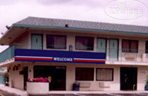 Motel 6 Charleston South 2*