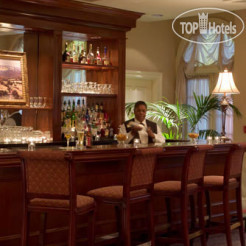 Рестораны и бары Four Points By Sheraton French Quarter