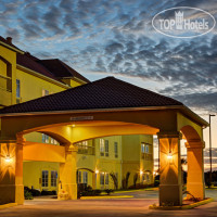 Фото отеля La Quinta Inn & Suites Iowa 2*