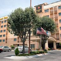 Фото отеля Comfort Inn Downtown South at Turner Field 3*