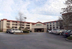 Holiday Inn Atlanta Airport North 2*