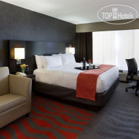 Фото отеля Holiday Inn Boston Bunker Hill Area 3*