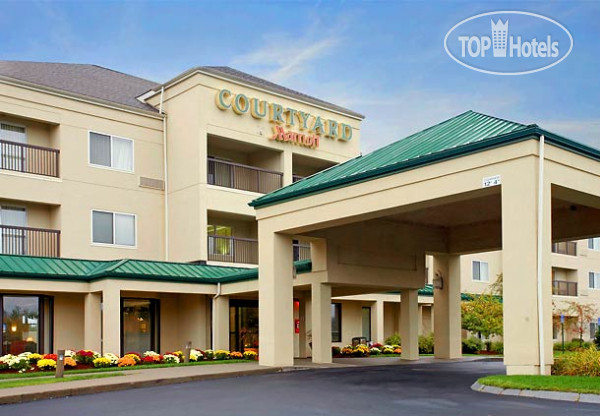 Courtyard Boston Raynham 3*