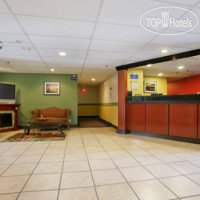 Фото отеля Days Inn Greenfield 2*