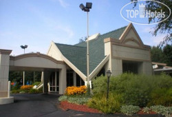 Quality Inn Greenfield 2*