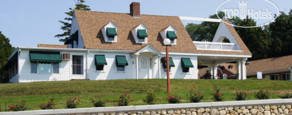 Blue Spruce Motel & Townhouses 2*