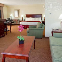 Фото отеля DoubleTree by Hilton Boston Milford 3*