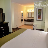 Фото отеля Holiday Inn Express Hotel & Suites Houston North Intercontinental 2*
