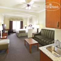 Фото отеля Holiday Inn Express Hotel & Suites Greenville 2*