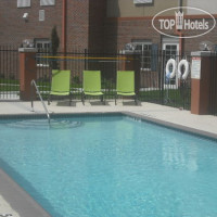 Фото отеля Candlewood Suites League City 2*