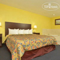 Фото отеля Best Western Gun Barrel City Inn 2*
