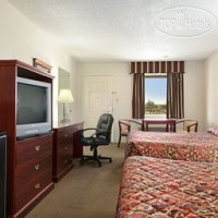 Фото отеля Days Inn and Suites Port Arthur 2*