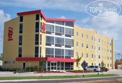 Red Roof Inn & Suites Beaumont 2*