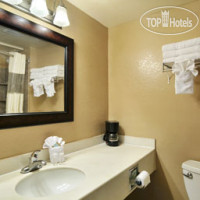 Фото отеля Travelodge San Antonio-Alamo / Riverwalk / Conv. Ctr 2*