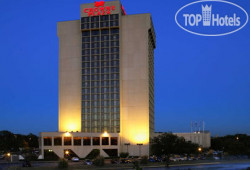 Crowne Plaza Dallas Market Center 4*