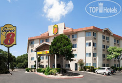 Super 8 Austin North / University Area 2*