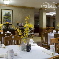 Фото отеля DoubleTree by Hilton Dallas-Farmers Branch 3*