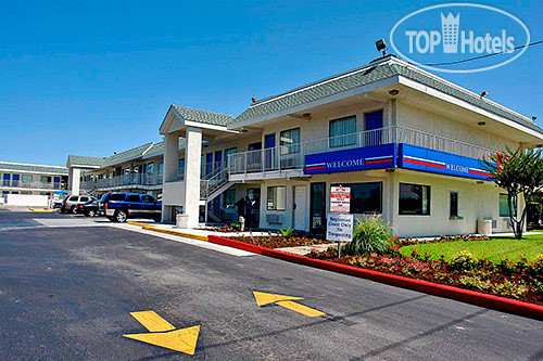 Motel 6 Austin Central-North 2*