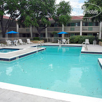 Фото отеля Motel 6 Dallas-Addison 2*