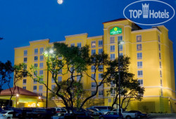 La Quinta Inn & Suites San Antonio Medical Center 3*