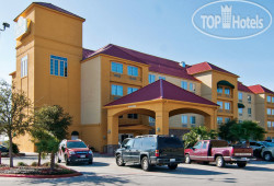La Quinta Inn & Suites San Antonio North Stone Oak 3*
