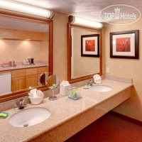 Фото отеля Radisson Hotel Salt Lake City Airport 3*