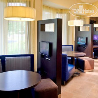 Фото отеля Courtyard Lincroft Red Bank 3*