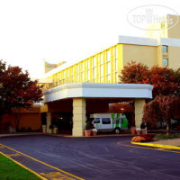 Фото отеля Holiday Inn Somerset-Bridgewater 3*
