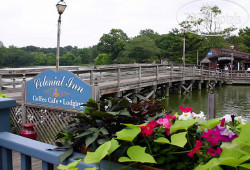 The Colonial Inn at Historic Smithville 3*