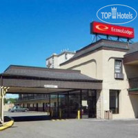 Фото отеля Econo Lodge Newark International Airport 1*