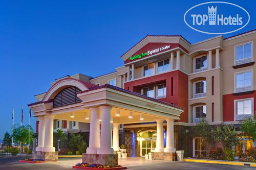 Holiday Inn Express Hotel & Suites Las Vegas I-215 S. Beltway 4*
