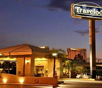 Travelodge Ambassador Strip Inn 2*