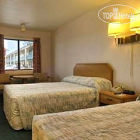 Фото отеля Travelodge Ambassador Strip Inn 2*