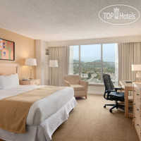 Фото отеля Hilton Los Angeles North/Glendale 3*