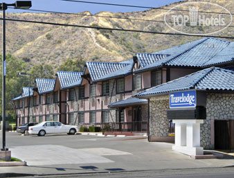 Travelodge of Santa Clarita 2*