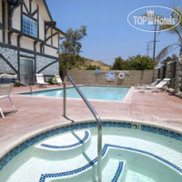 Фото отеля Travelodge of Santa Clarita 2*