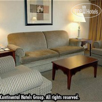 Фото отеля Crowne Plaza Beverly Hills 4*