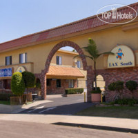 Фото отеля Travelodge LAX South 2*