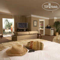 Фото отеля Best Western Plus Sunset Plaza 3*