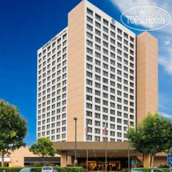 DoubleTree by Hilton Hotel Anaheim - Orange County 3*