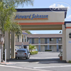 Howard Johnson Inn and Suites Orange