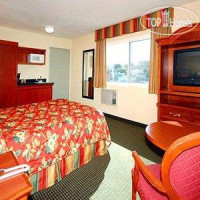 Фото отеля Econo Lodge Moonlight Beach 2*