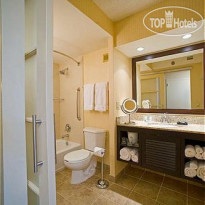 Фото отеля Four Points by Sheraton San Diego Downtown 3*