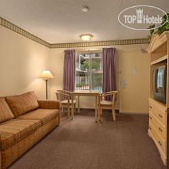 Отель Days Inn & Suites San Diego Near Sea World