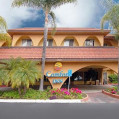 ���� ����� Comfort Inn Escondido 2*